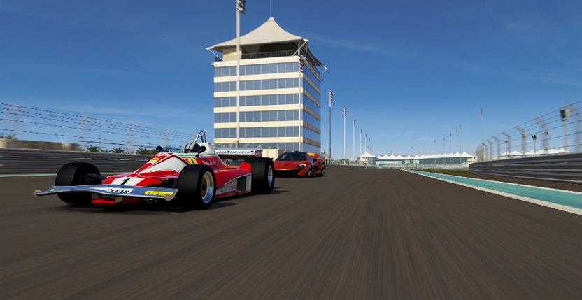 El modo Free Play te permite poner mano a mano autos de diferentes épocas como este Fórmula 1 de la década de los 70 con el nuevo McLaren P1