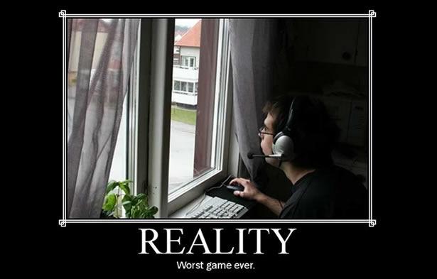 La vida parece a veces simplemente un juego mal diseñado. Pero hay gente que se dedica a darle reboot y hacerlo mucho más divertido... y redituable