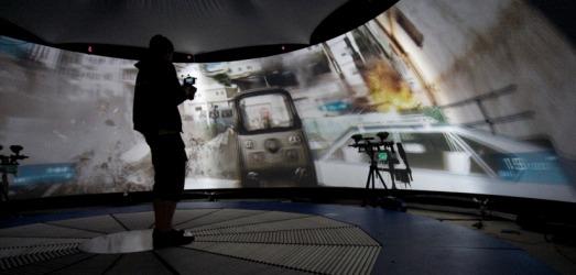 Durante una de sus más recientes temporadas, The Gadget Show intentó crear un simulador de Battlefield 3 de 360 grados con todo y marcadoras de paintball; su costo es totalmente inaccesible.