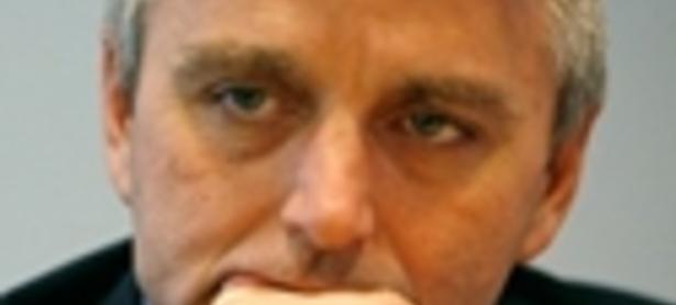 John Riccitiello: la gente no pagará por mierda