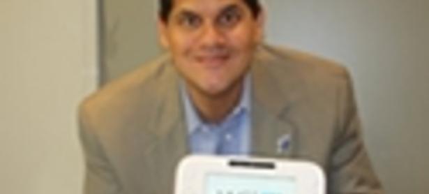 UPDATE: Reggie Fils-Aime vendió el primer Wii U