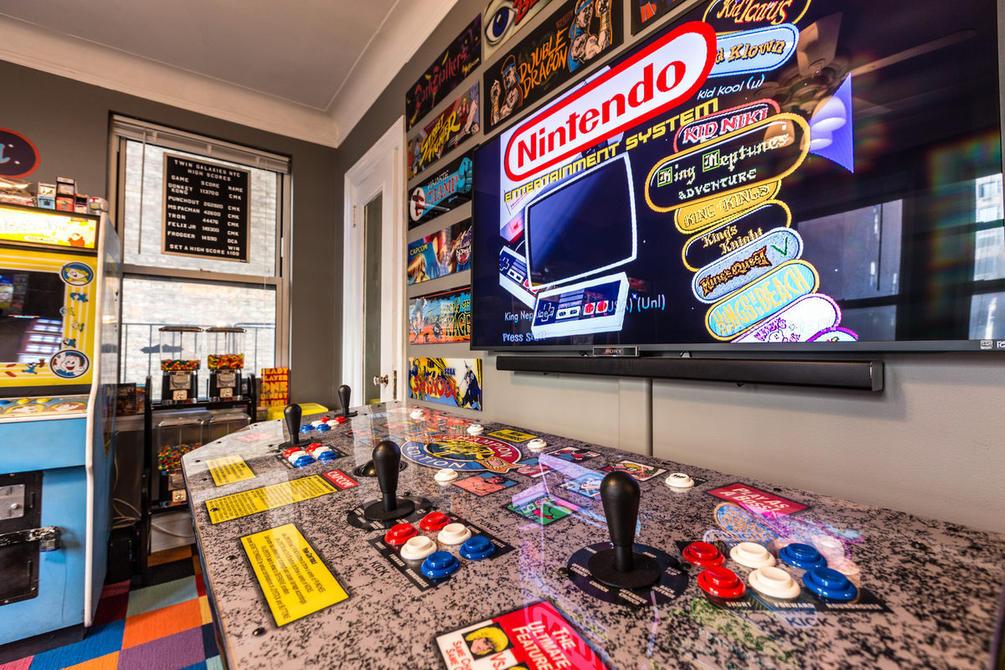 Conoce la habitaci n arcade por la que un gamer dej a su - Habitacion gaming ...