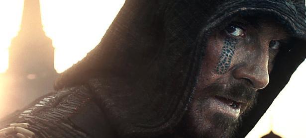 Batalla de Reviews: <em>Assassin's Creed La Película</em>