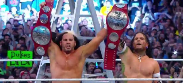 Así fue el regreso de los Hardy Boyz en Wrestlemania