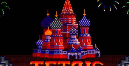 Mira esta versión de <em>Tetris</em> del tamaño de una tarjeta personal