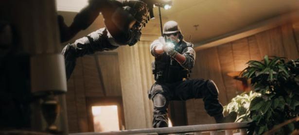 Ubisoft podría remover fuego amigo en <em>Rainbow Six: Siege</em>
