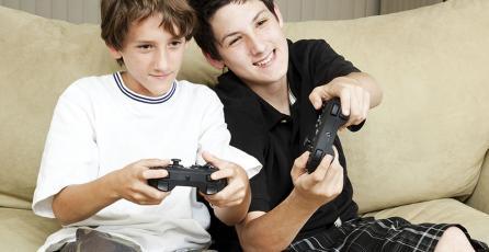 Encuesta: 86% de padres en Reino Unido dejan que sus hijos jueguen títulos para adultos
