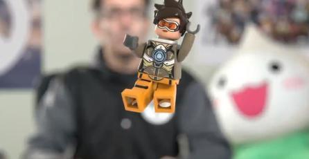 Blizzard nos da el primer vistazo a la figura LEGO de Tracer de <em>Overwatch</em>