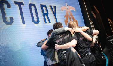 Fnatic avanza a cuartos de final en League of Legends y busca repetir su título de la Season 1
