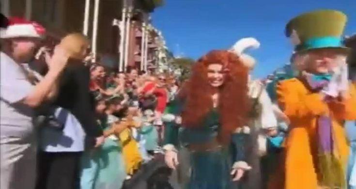 Disney Parks Christmas Day Parade 2012 - Videos - Metatube