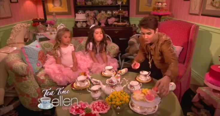sophia grace rosie do tea with justin bieber on the ellen