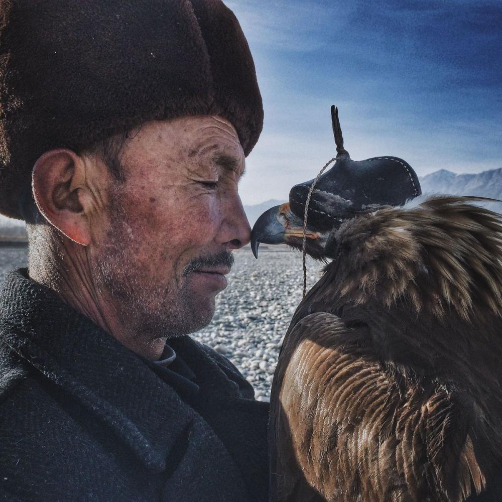 """""""El Hombre y su Águila"""""""