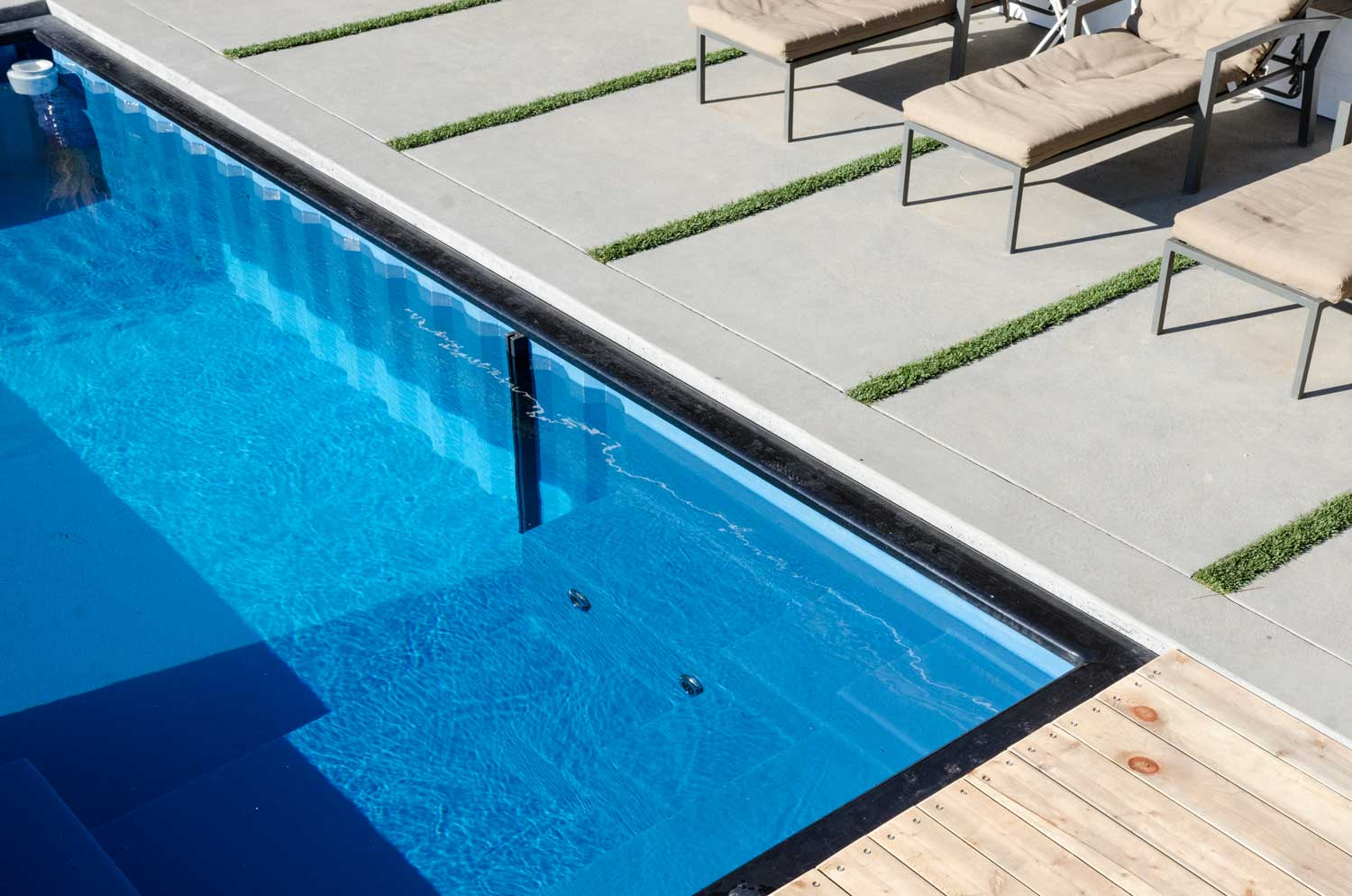 Modpool transforma contenedores en piscinas qore for Piscina container