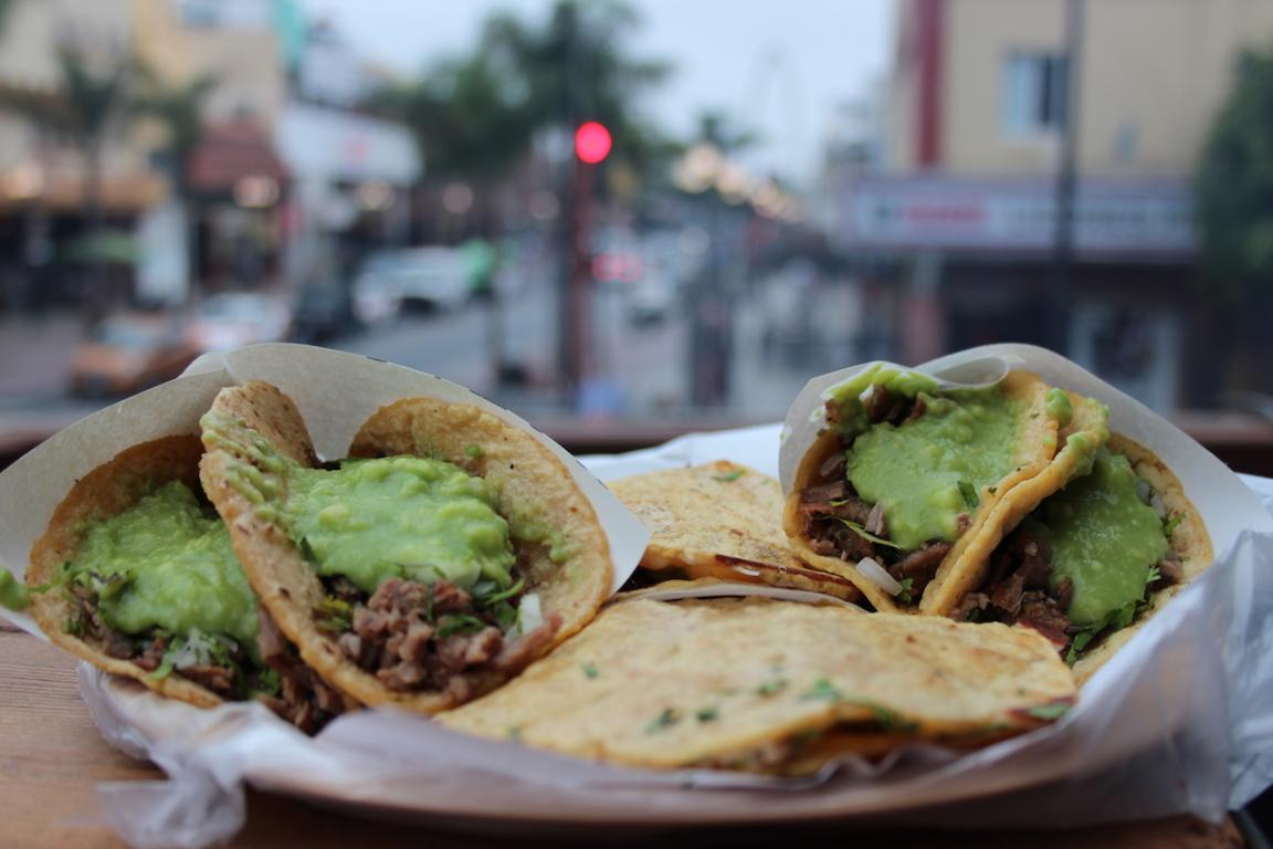 """Unpretentious, asada tacos with the best ingredients at """"Taco Grill TJ"""". Photo: Angel Garcia"""