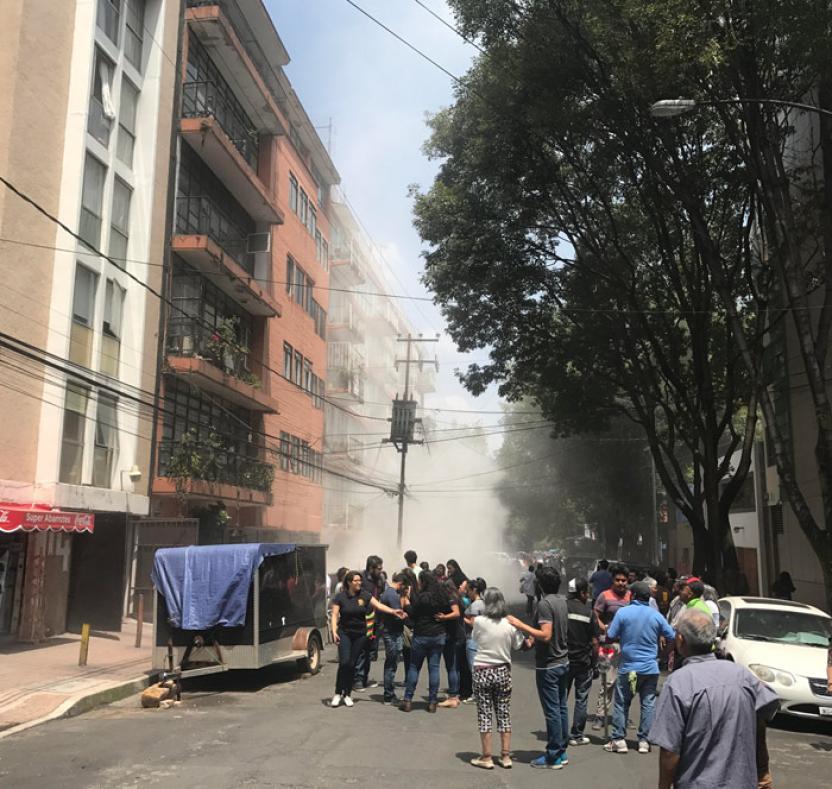 Evacuados en la Colonia Escandon