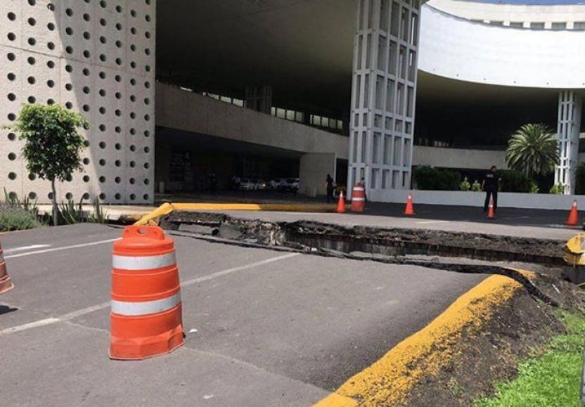 Daños en el Aeropuerto Internacional de la Ciudad de México