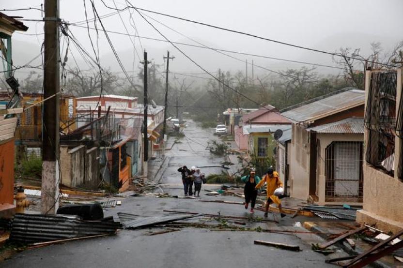 Muchas personas quedaron atrapadas antes de poder salir a buscar refugio. Foto de Carlos Garcia Rawlins / Reuters