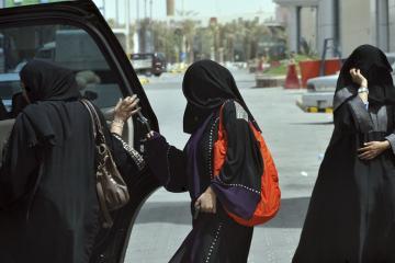 Ante presión internacional y activismo Arabia Saudita permitirá a...
