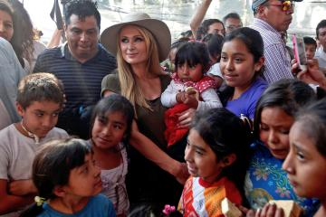 Paris Hilton Visits Mexico to Help Quake Victims