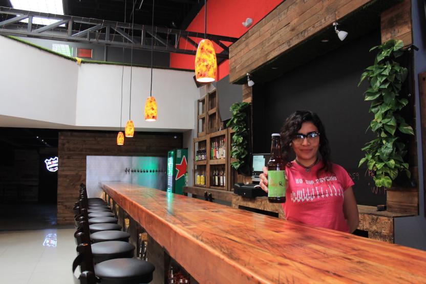 Además de todas sus cervezas otras bebidas nacionales te esperan y un menú de comida más amplio. Foto: SanDiegoRed.com