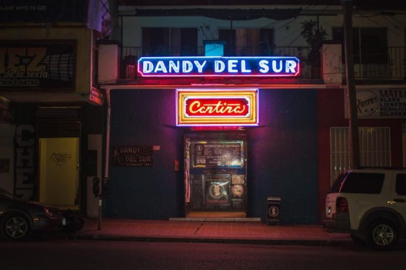 Así se veía la cantina más famosa de Tijuana antes de los cambios