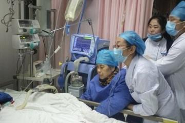 Doctora muere frente a paciente tras 18 horas continuas de trabajo