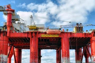 Petróleo sube a niveles máximos, efecto postelecciones venezolanas