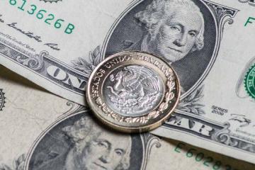 EL dólar llega a los 20.79 este lunes