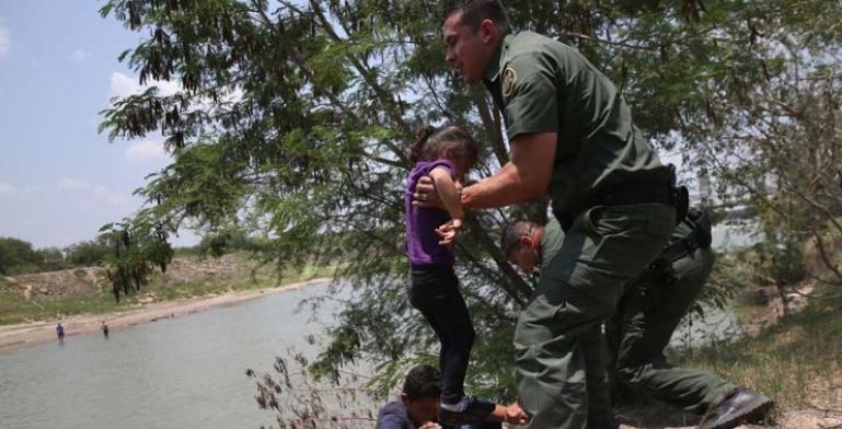 Niños inmigrantes han sido inyectados con drogas para sedarlos