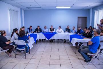 Realizan reunión quincenal con vecinos de Lomas del Rubí