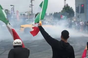 VIDEO: Mexicanos hicieron arrancones para celebrar victoria del...