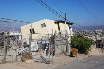 Tijuana sufre otro deslizamiento y 22 viviendas empiezan a colapsar