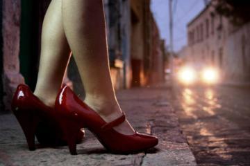 La red de pederastas que viajan a Tijuana para abusar de niñas de...