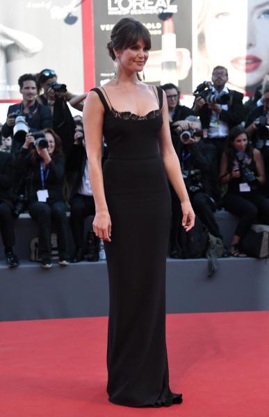 Gemma Arterton en la alfombra roja