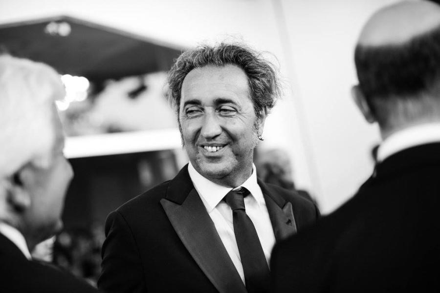 Paolo Sorrentino en la alfombra roja