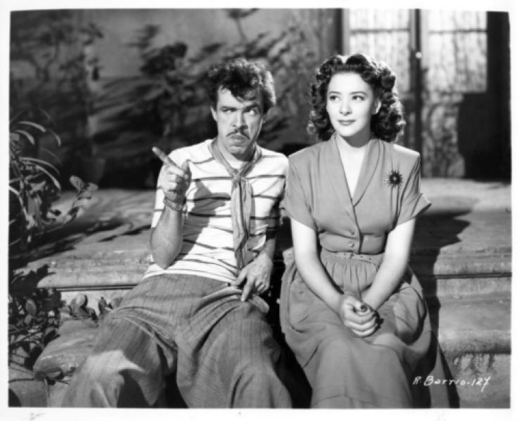 """Germán Valdez """"Tintán"""" junto a Silvia Pinal en El rey del barrio (1950)"""