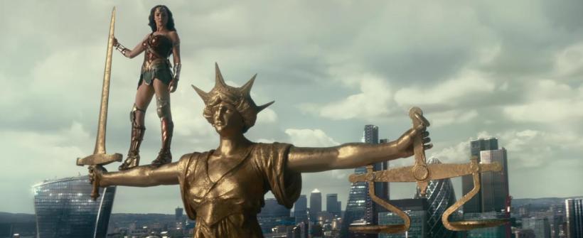 Liga de la Justicia - Tráiler: Héroes