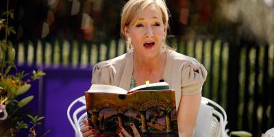 J.K. Rowling es atacada por no abordar la sexualidad de Dumbledore en Animales Fantásticos: Los Crímenes de Grindelwald
