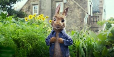 Las Travesuras de Peter Rabbit es criticada por burlarse de las personas con alergias y Sony se disculpa