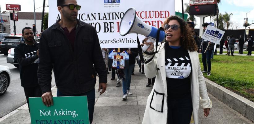 Coalición latina marcha en contra del Óscar