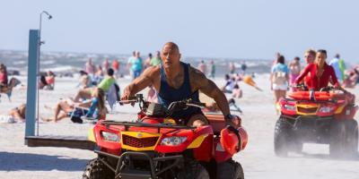 Dwayne Johnson está muy agradecido por el Razzie de Baywatch: Guardianes de la Bahía