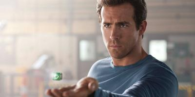 Warner Bros. exige a Ryan Reynolds que devuelva su anillo de Linterna Verde