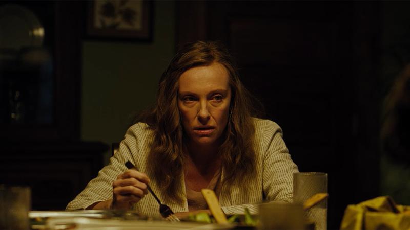 Toni Collette en El Legado del Diablo (2018)