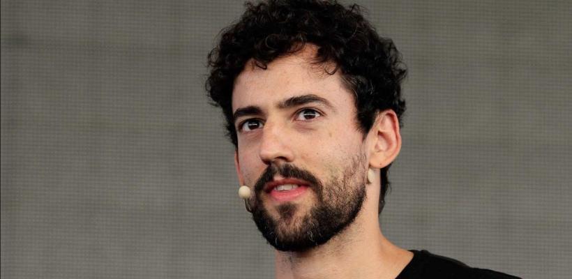 Los Ángeles de Charlie: Luis Gerardo Méndez se une al reboot