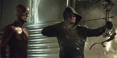Mira el trailer extendido del crossover entre Arrow y The Flash