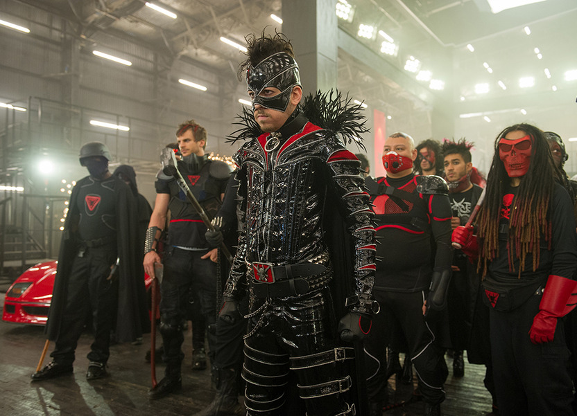 Chris D'Amico regresa como un villano más oscuro y despiadado que no se detendrá para lograr su venganza