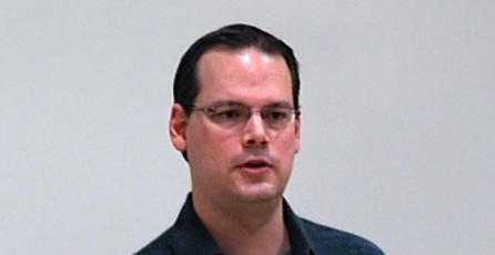 Fundador de BioWare habla de su experiencia con Dragon Age II