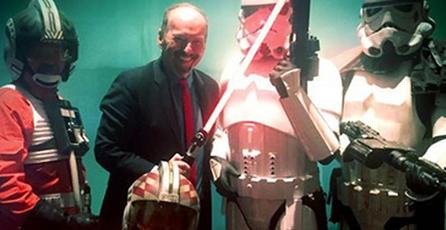 EA muestra <em>Star Wars: Battlefront</em> a tiendas