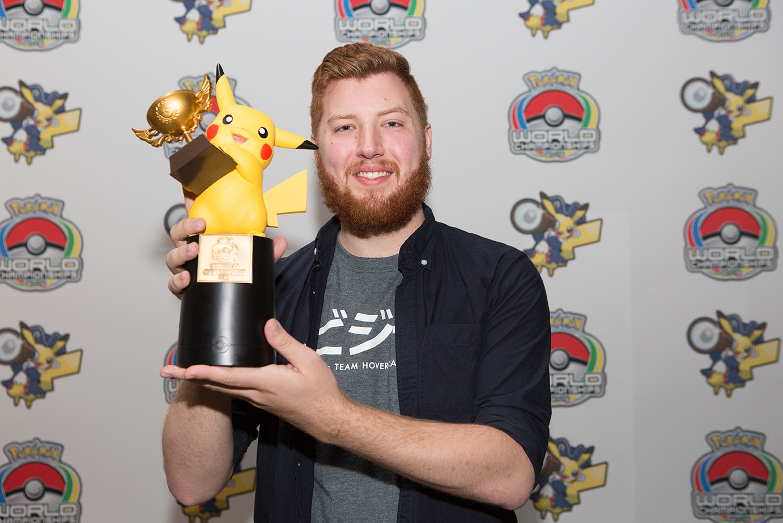 Jacob Van Wagner (Estados Unidos) el ganador de la división Masters en Pokémon Trading Card Game