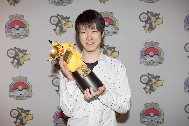 Shoma Honami (Japón) el ganador de la división Masters en Pokémon Video Game